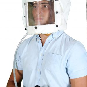 Spray-Helmet-with-Replacable-Visor