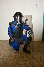 Full std riot gear with Deluxe helmet_detachable gas mask